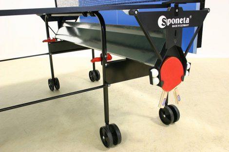 Sponeta ütő- és labdatartó ping-pong asztalhoz